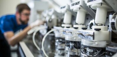 technician manufacturing medical devices